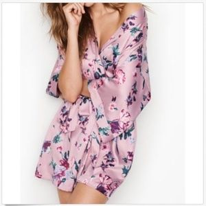 NEW VERY SEXY SHORT SEXY PINK FLORAL KIMONO ROBE